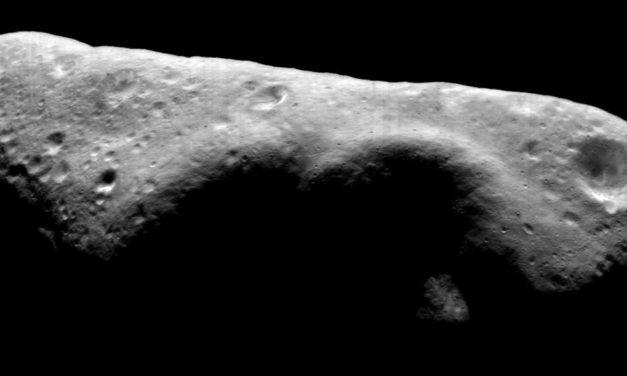 Le sorprese dell'asteroide Eros