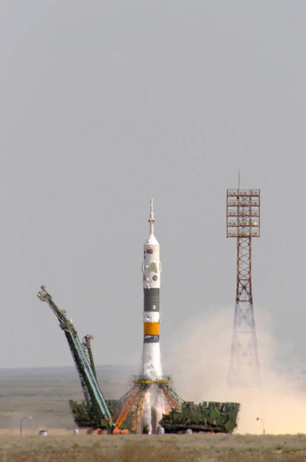 Il lancio della Soyuz che ha portato il nostro Roberto Vittori sulla ISS