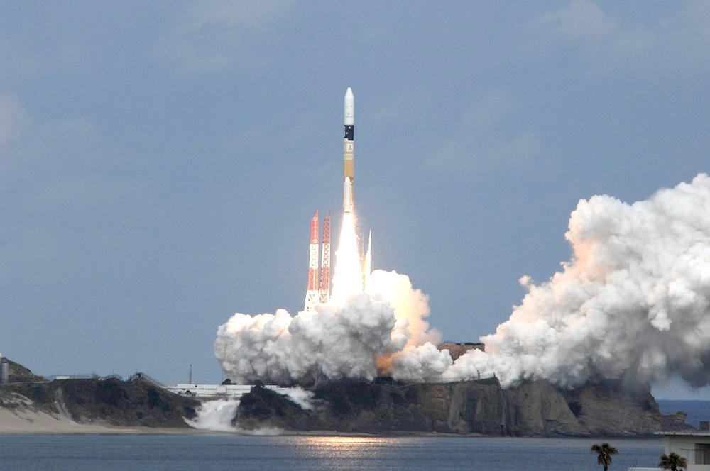 Il lancio della sonda giapponese Hayabusa 2 il 3 dicembre 2014
